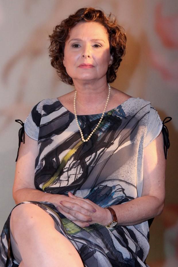 Louise Cardoso na coletiva do seriado Doce de Mãe (Foto: Alex Palarea/AgNews)