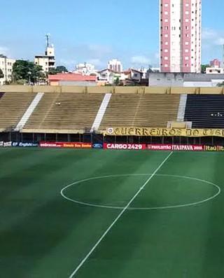 Estádio 1º de Maio, São Bernardo (Foto: Divulgação Assessoria de Imprensa São Bernardo)