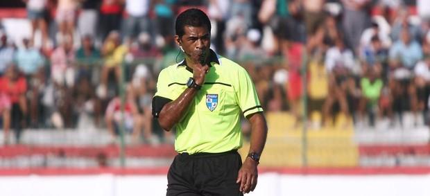 Luis Antônio Silva Santos árbitro (Foto: Divulgação)