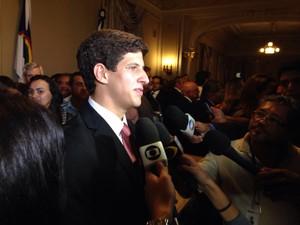 João Campos tomou posse como novo chefe de Gabinete do estado (Foto: Malu Veiga / G1)