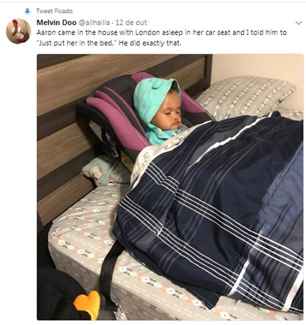 London no bebê conforto (Foto: Reprodução / Twitter)
