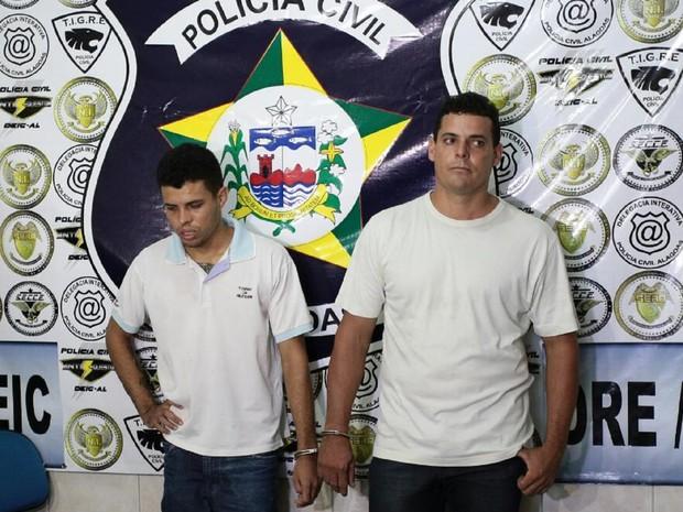 Teles e Rocha foram presos na última terça-feira (12) (Foto: Jonathan Lins/G1)