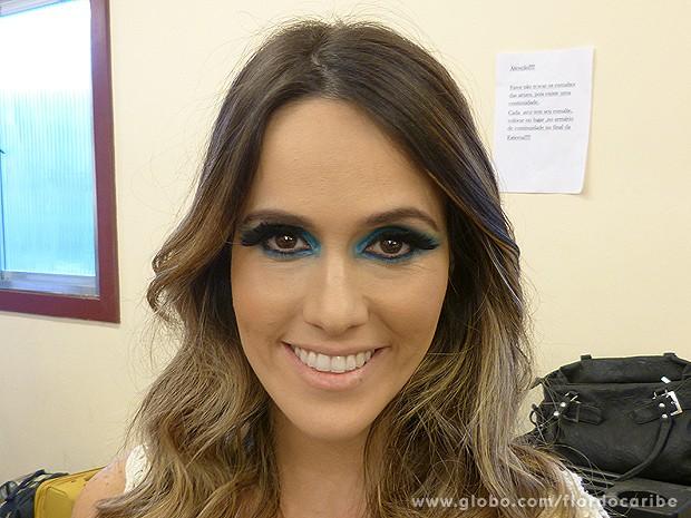 Aprenda a maquiagem de Fernanda Pontes para cena no Flor do Caribe (Foto: Flor do Caribe / TV Globo)