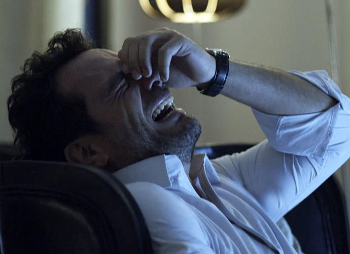 A vida de Alex tem sido um turbilhão de emoções (Foto: TV Globo)