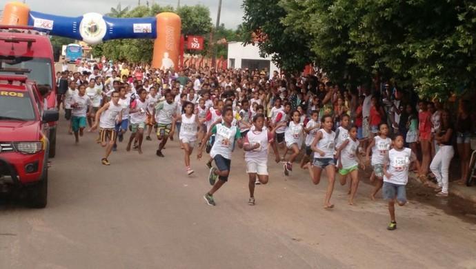 Corridinha do Fogo celebra o Dia das Crianças em Palmas (Foto: Ascom Bombeiros/Divulgação)