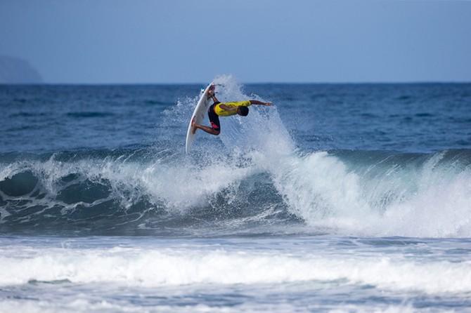 Wesley Dantas conquistou o título mundial júnior do ISA, espécie de Olimpíadas do surfe (Foto: ISA / Resendes)