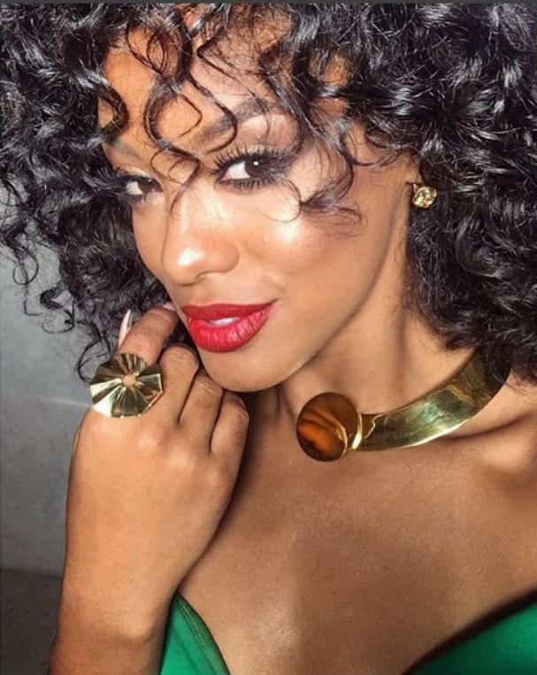 Raissa Santana e a pele iluminada perfeita (Foto: Reprodução Instagram)