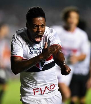 Michel Bastos São Paulo x Atlético-MG (Foto: Marcos Ribolli)