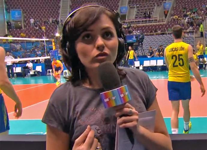 Monica Iozzi mostra os bastidores da transmissão da Liga Mundial de Vôlei (Foto: Vídeo Show / TV Globo)