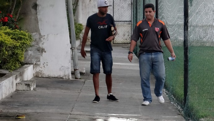 João Victor e Bruno Almeida, CRB (Foto: Paulo Victor Malta/Globoesporte.com)