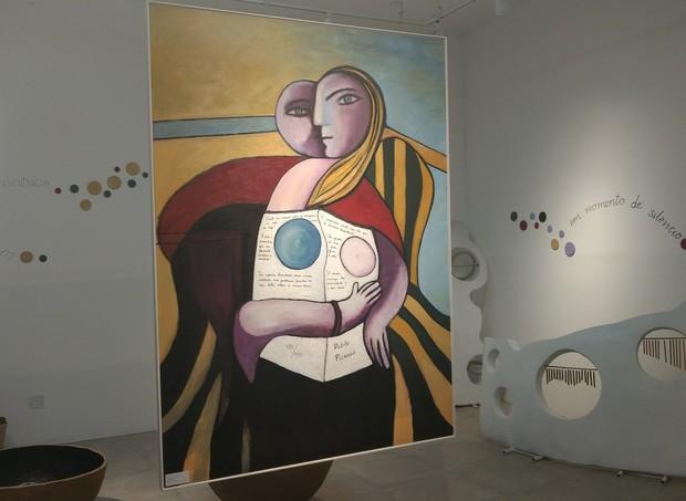 Sala das Esfeas, com releituras de Picasso (Foto: Vanessa Lima/ Crescer)