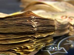 Parte da fiança paga no resgate do empresário (Foto: Reprodução/TV Anhanguera)