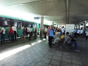 Rotina de passageiros e motoristas começou a normalizar  (Foto: Janara Nicoletti/G1)
