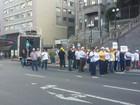 Paralisação de rodoviários provoca bloqueio no Centro de Caxias do Sul
