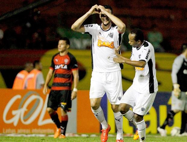 Réver comemoração jogo Vitória x Atlético-MG (Foto: Felipe Oliveira / Agência Estado)