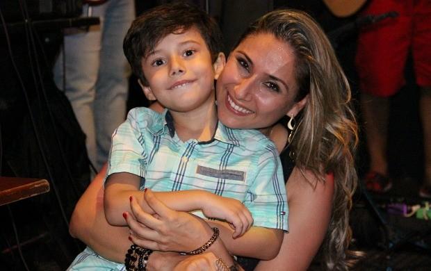 Daniela branches reporter da globo - 4 2