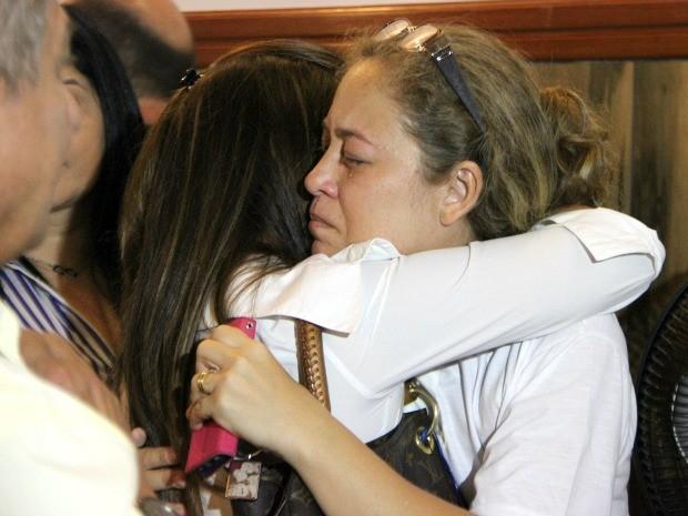 Mãe de vítima morta em acidente, Rossineide Brito pediu por justiça (Foto: Jamile Alves/G1 AM)