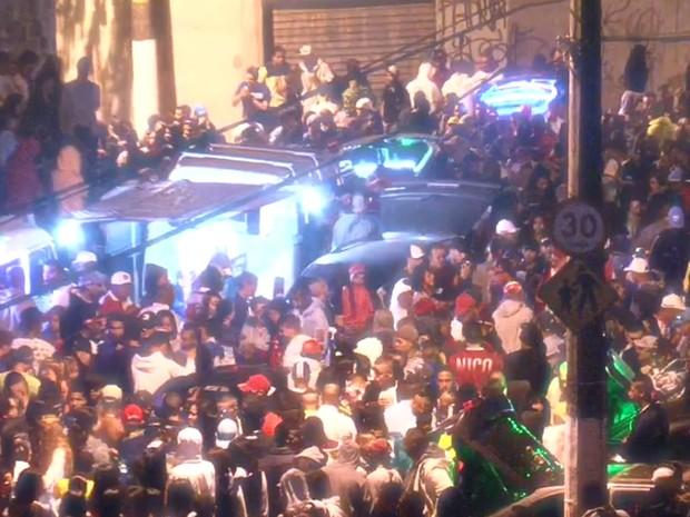 Baile funk na Cidade A. E. Carvalho, Zona Leste de S�o Paulo (Foto: TV Globo/Reprodu��o)