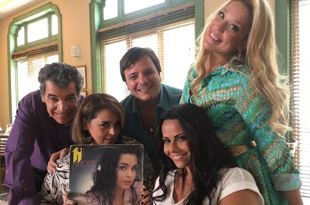Paulo Betti, Suzy Rêgo, Thelmo Fernandes, Viviane Araújo e Helga Nemeczyk (Foto: Marcelo Zambelli)