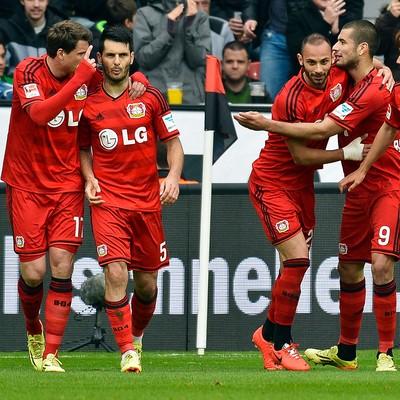 Bayer Leverkusen comemora contra o Werder Bremen (Foto: AFP)