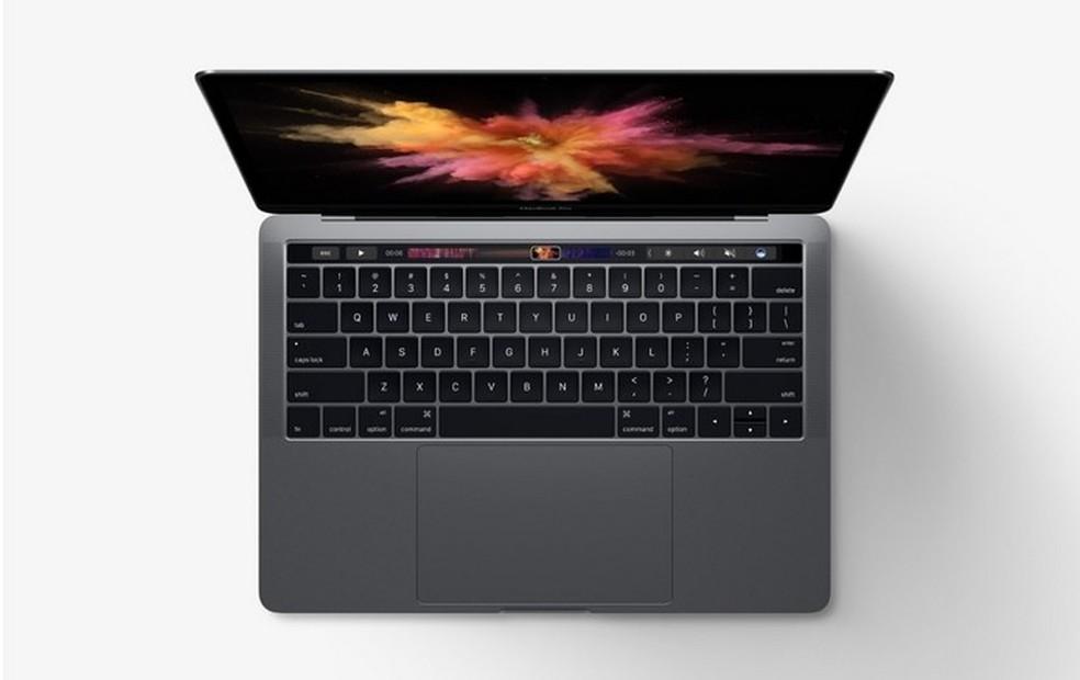 Nem mesmo a touchbar dos novos MacBook Pro foi razão suficiente para que a Apple mantivesse a liderança (Foto: Divulgação/Apple)