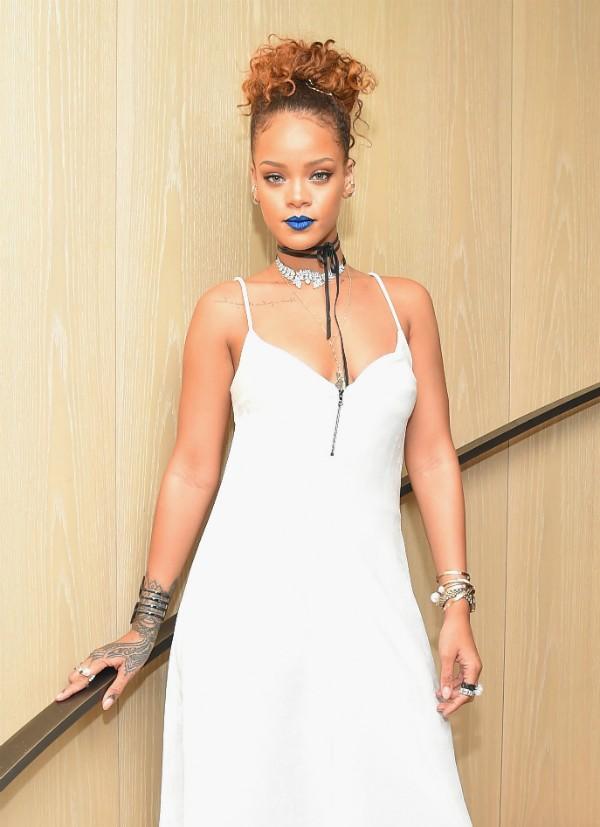 Rihanna também faz campanhas virtuais para pessoas em necessidade (Foto: Getty Images)