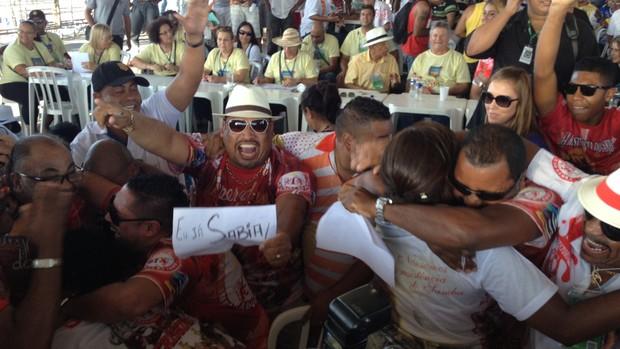 Por um décimo, Imperadores do Samba vencem no Grupo Especial da capital (Caetanno Freitas/G1)