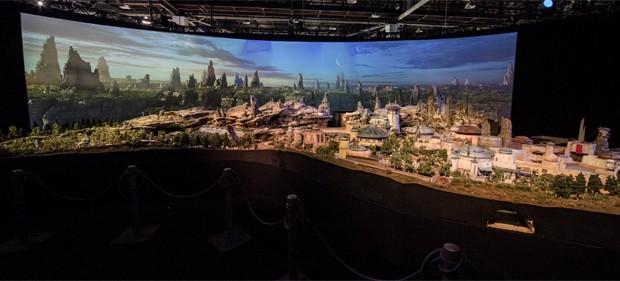 Atração temática do Star Wars na Disney (Foto: Reprodução/Twitter)