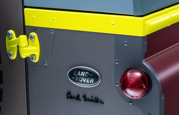 Land Rover Defender Paul Smith (Foto: Divulgação)