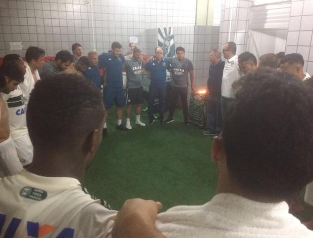 Elenco Coritiba pós-jogo contra Sport