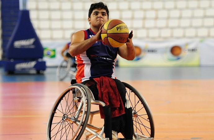 Basquete em cadeira de rodas amazonas (Foto: Michael Dantas/Sejel)