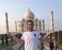 Taj Mahal emoldura apresentação de Roberto Carlos e Chicão na Índia