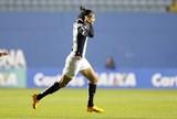 """Artilheira argentina do Santos elogia estrutura do clube: """"Time que dá tudo"""""""
