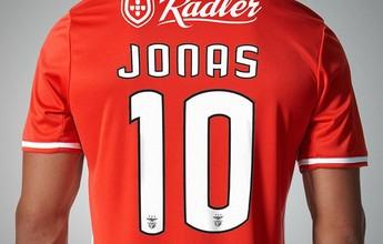 Escolhido melhor da Liga de Portugal, Jonas assume a camisa 10 do Benfica