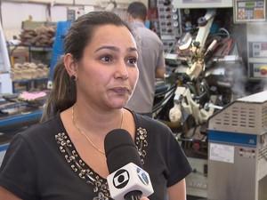 Cláudia Rosana da Silva, empresária do setor de calçados em Nova Serrana (Foto: TV Integração/Reprodução)