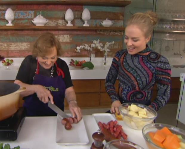 Nicette Bruno ensina receita de família no Estrelas (Foto: TV Globo)