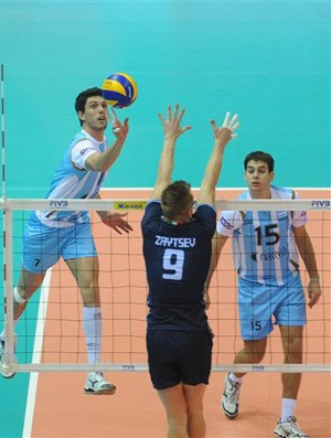 v&#244;lei Facundo Conte argentina (Foto: DIVULGA&#199;&#195;O / FIVB)