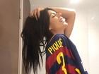 Suzy Cortez atrai mídia internacional ao marcar jogador Piqué em fotos