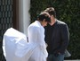 Kris Jenner tem momento 'Marilyn Monroe', mas é salva por calça