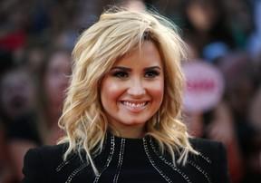 Demi Lovato em premiação em Toronto, no Canadá (Foto: Mark Blinch/ Reuters)