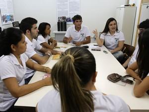 Incubadora de Projetos em Economia Solidária conta com participação de voluntários em Currais Novos (Foto: Wallacy Medeiros)
