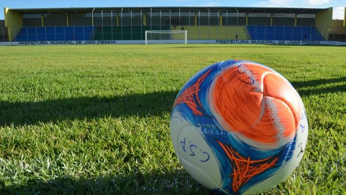 Bola, Campeonato Paraibano de Futebo, no Estádio da Graça, em João Pessoa (Foto: Amauri Aquino / GloboEsporte.com)