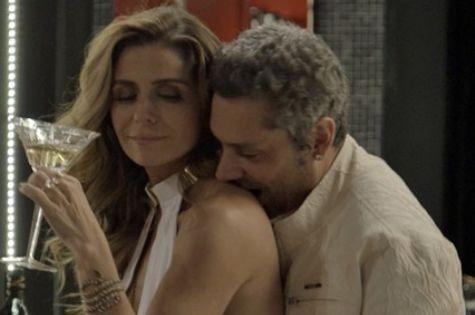 Alexandre Nero e Giovanna Antonelli em 'A regra do jogo' (Foto: TV Globo)