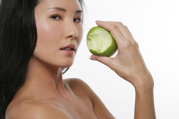 Veja como a dieta pode beneficiar sua pele (Foto: Thinkstock)