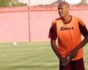 Perto da estreia no Boa Esporte,  Alex Silva admite frio na barriga