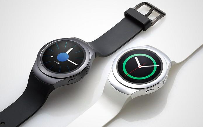 Gear S2 tem maior bateria e modos de interação que Moto 360 (Foto: Divulgação/Samsung)