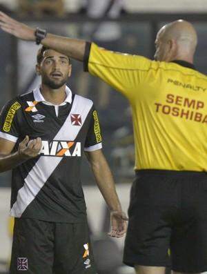 b4dd09fc42 Gilberto foi expulso contra Ponte por protesto