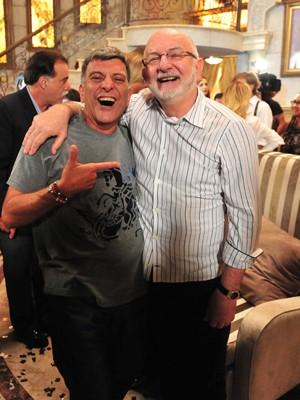 Jorge Fernando e Silvio de Abreu (Foto: Guerra dos Sexos/TV Globo)