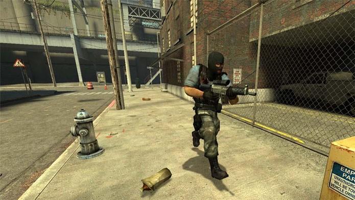 Counter Strike Source e a eterna batalha entre terroristas e militares (Foto: Divulgação)