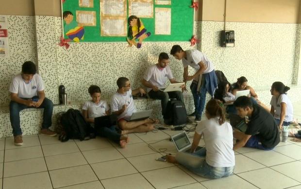 Estudantes enfrentaram o desafio de responder mais de 10 mil questões em 12 horas (Foto: Bom Dia Amazônia)